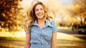 1 happy-woman-with-beautiful-smile-253486